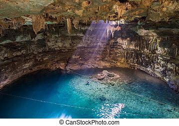 samula,  valladolid,  Yucatán,  Cenote,  México