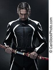 samurai, hombre, espada, tenencia, guapo
