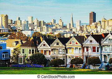 San Francisco cityscape as seen from Alamo square park - San...
