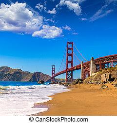 San Francisco Golden Gate Bridge Marshall beach California -...