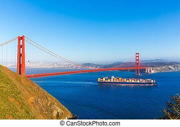 san francisco, goldene torbrücke, kaufmann, schiff, in, kalifornien