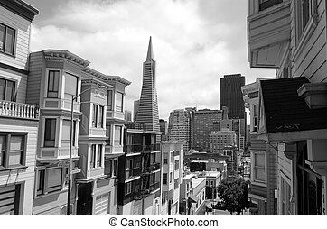 Transamerica Pyramid in San Francisco CBD - SAN FRANCISCO -...