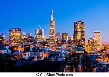 San Francisco downtown at night