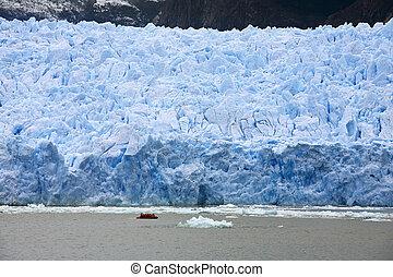 San Rafael Glacier in Patagonia - Chile - Adventure tourists...