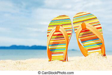 sandały, plaża, piaszczysty, morski brzeg morza