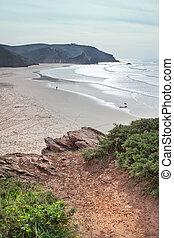 sandstrand, auf, der, wasserlandschaft, ufer, von, portugal.