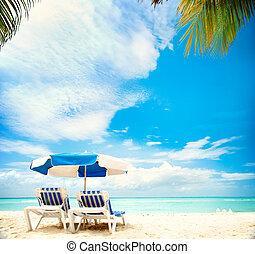 sandstrand, concept., urlaub, sunbeds, paradies, tourismus