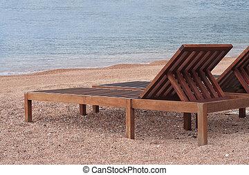 sandstrand, meer, hölzern, sunbeds, schöne