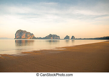 sandstrand, morning.