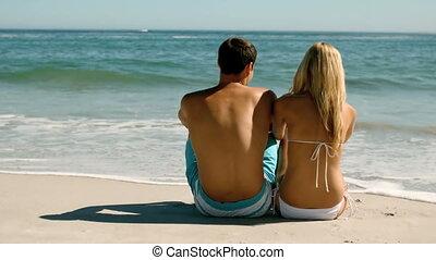 sandstrand, paar, glücklich
