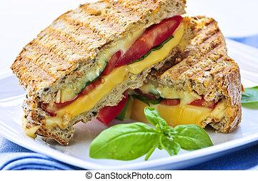 sanduíche assado queijo