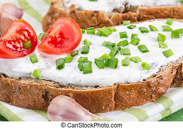 Sandwich with cream cheese