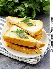 Sandwich with fresh vegetables