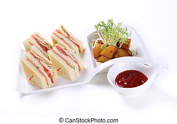 Sandwich with ketchup