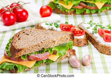 Sandwiches with ham