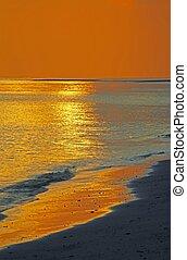 sanft, sonnenuntergang seascape, (vertbcal)