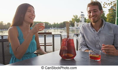 sangria, amusement, séance, table, couple, avoir, boire, ...