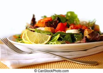 sano, insalata, su, uno, piastra, fuoco, su, limone