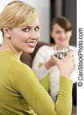 sano, mujeres, teniendo, bebidas