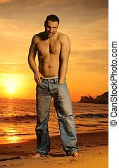 sans chemise, coucher soleil, goodlooking, homme