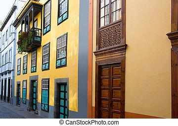 Santa Cruz de La Palma colonial street house