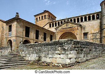 santillana, -, histórico, igreja