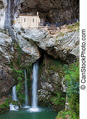 santuario, covadonga, españa, asturias