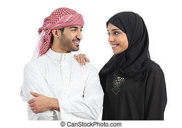 saoediër, arabier, paar, huwelijk, het kijken, met, liefde