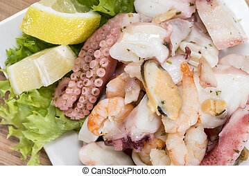 saporito, insalata frutti mare