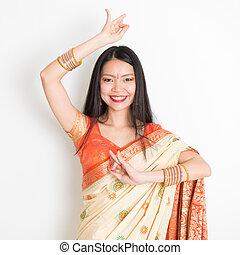 sari, bailando, niña india joven, vestido
