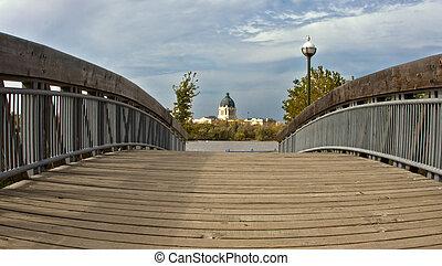 Saskatchewan Legistralive Building - Bridge leading to the ...
