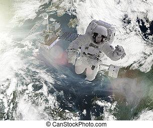 satelita, praca, astronauci