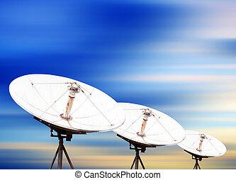 satellitenschüssel, antennen