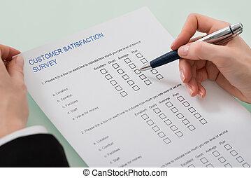satisfaction client, remplissage, femme, formulaire