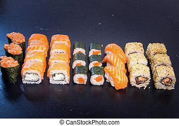satz, 21, sushiplatte, japanisches , essen., salmon., rolle