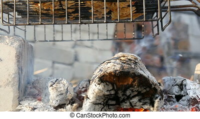 saucisse, friture, viande fraîche, poulet, barbecue, virages, barbecue, holiday., gril, viande, chiche-kebab, nature., grille, homme, hamburger, grillade