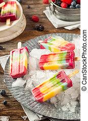 saudável, arco íris, popsicles, caseiro