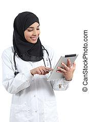 saudiaraber, araber, doktor, frau, arbeitende , mit, a, tablette