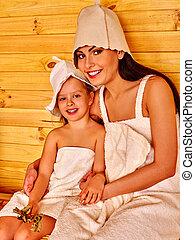 sauna., להרגע, משפחה, ילד