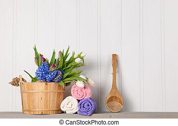 Sauna bucket with flowers
