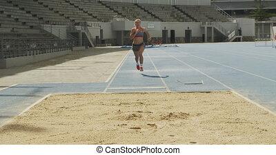 saut en longueur, athlète, vue, caucasien, devant