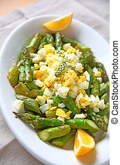 Sauteed asparagus with boiled egg
