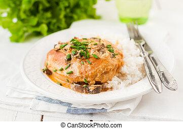 sauteed, fungo, sopra, cremoso, seno, pollo, riso, salsa