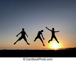 sauter, dynamique, énergique, jeunes hommes