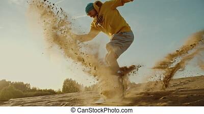 sauter, sandboarder, désert, proffesional