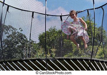 sauts, peu, trampolin, girl