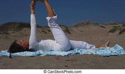 savasana, femme, yoga