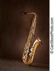 Sax golden tenor saxophone vintage retro - Sax golden tenor...