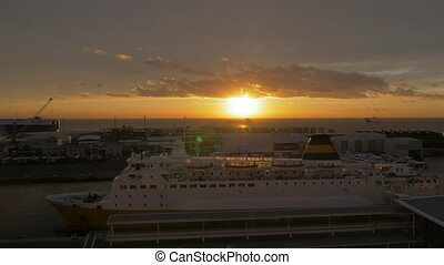 Say goodnight to a liner - A cruise liner at a marina,...