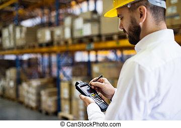 scanner., επόπτης , barcode , εργάτης , αποθήκη , ή